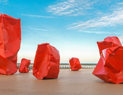 Arne-Quinze_oostende_blocks