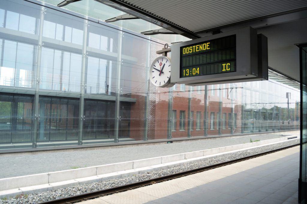 Oostende_trein-station_verkleind