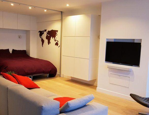 Appartement_zeezicht_oostende_de-loft_living_slaapkamer_ Televisie