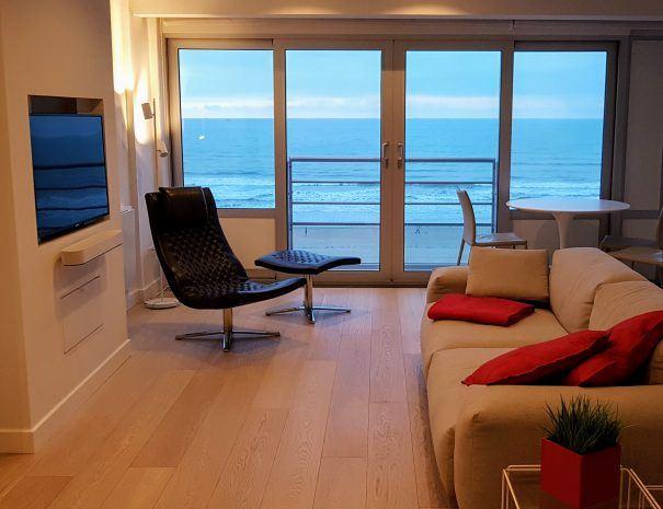 Appartement_zeezicht_oostende_de-loft_living_ Televisie_soundsysteem