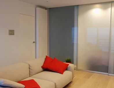 holiday rental_internal_apartment_seaview_loft_vitra seat