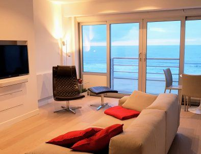 holiday rental_to_apartment_seaview_loft_chaise-longue