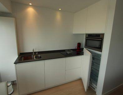 vakantieverhuur_oostende_appartement_zeezicht_loft_moderne-keuken