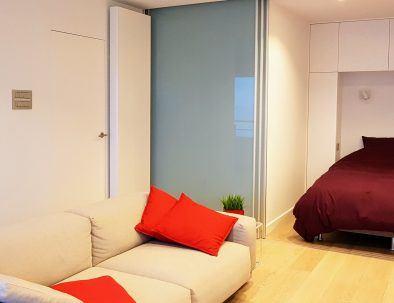 holiday rental_oostende_appartement_zeezicht_loft_slaapkamer-living